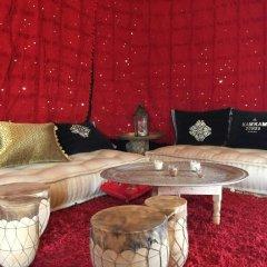 Отель Kam Kam Dunes Марокко, Мерзуга - отзывы, цены и фото номеров - забронировать отель Kam Kam Dunes онлайн комната для гостей фото 3