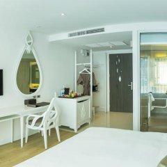 Anajak Bangkok Hotel 4* Номер Делюкс с различными типами кроватей фото 9