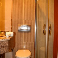 All Star Bern Hotel 3* Стандартный семейный номер с двуспальной кроватью фото 5