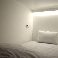 3howw Hostel @ Sukhumvit 21 Кровать в общем номере фото 5