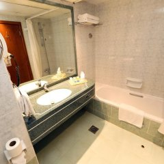 Sadaf Delmon Hotel 3* Номер Делюкс с различными типами кроватей фото 2