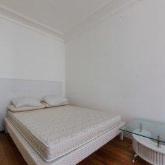 Отель Rue de Bassano by Onefinestay комната для гостей