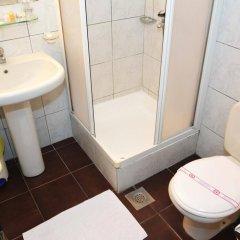 Отель Admiral Черногория, Будва - отзывы, цены и фото номеров - забронировать отель Admiral онлайн ванная