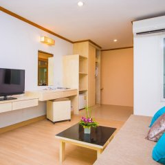 Phuket Island View Hotel 3* Семейный номер Делюкс с двуспальной кроватью фото 2