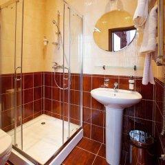 Бутик-отель Зодиак 3* Улучшенный номер с двуспальной кроватью фото 7