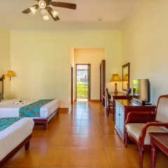 Отель Agribank Hoi An Beach Resort 3* Улучшенный номер с различными типами кроватей фото 3