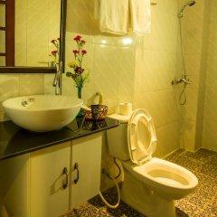 Отель Moon's Homestay 3* Улучшенный номер с различными типами кроватей фото 3