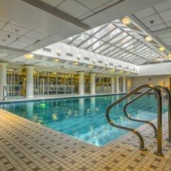 Отель Stay Alfred on 8th Street бассейн