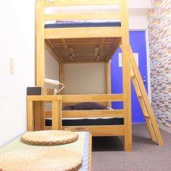 Отель K's House Tokyo Кровать в общем номере фото 7