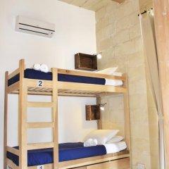 Two Pillows Boutique Hostel Кровать в общем номере с двухъярусной кроватью фото 15