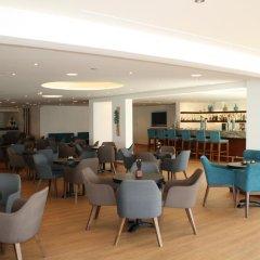 Queen's Bay Hotel гостиничный бар
