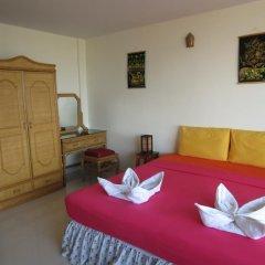 Апартаменты View Talay 1b Serviced Apartments Паттайя комната для гостей фото 3