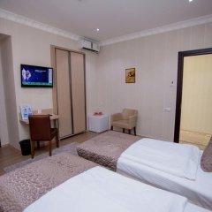 Отель Rustaveli Palace Стандартный номер с различными типами кроватей фото 8