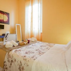 Отель Ridolfi Guest House 2* Стандартный номер с двуспальной кроватью (общая ванная комната) фото 17