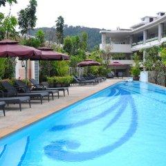 Отель The Bliss South Beach Patong бассейн