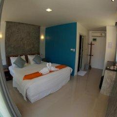 Отель TT Naiyang Beach Phuket 2* Улучшенный номер разные типы кроватей фото 11
