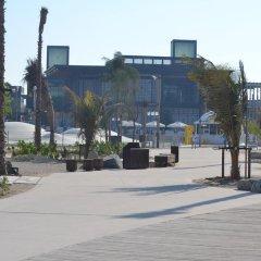 Отель Regent Beach Resort ОАЭ, Дубай - 10 отзывов об отеле, цены и фото номеров - забронировать отель Regent Beach Resort онлайн парковка