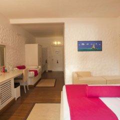 Отель Cinnamon Dhonveli Maldives-Water Suites 5* Бунгало с различными типами кроватей фото 4