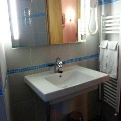 Отель Star Hôtel 2* Стандартный номер с различными типами кроватей фото 11