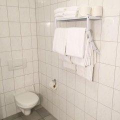 Hotel Geblergasse 3* Стандартный номер с различными типами кроватей фото 17