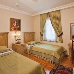 Отель Alzer 2* Стандартный семейный номер с двуспальной кроватью фото 4