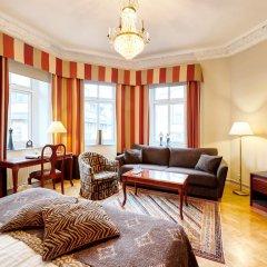 Hotel Royal 3* Улучшенный номер с двуспальной кроватью фото 2