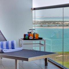 Отель Park Inn by Radisson, Abu Dhabi Yas Island в номере фото 2