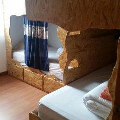 Отель Guest House Host O Morro Кровать в мужском общем номере с двухъярусными кроватями фото 19