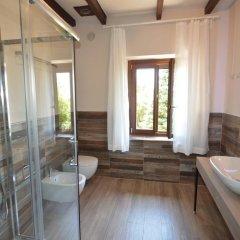 Отель Agriturismo La Filanda Манерба-дель-Гарда ванная фото 4