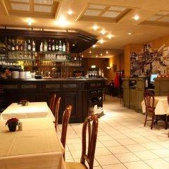 Отель Central Бельгия, Брюгге - отзывы, цены и фото номеров - забронировать отель Central онлайн гостиничный бар