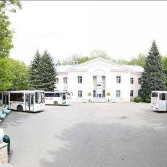 Гостиница Sanatoriy Salut в Железноводске отзывы, цены и фото номеров - забронировать гостиницу Sanatoriy Salut онлайн Железноводск парковка