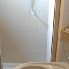 Отель San Lorenzo Guest House Италия, Рим - 2 отзыва об отеле, цены и фото номеров - забронировать отель San Lorenzo Guest House онлайн ванная