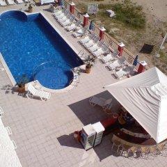 Отель Carina Beach Aparthotel - Free Private Beach Солнечный берег бассейн