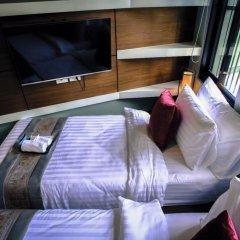 Отель Tha Tian Store Бангкок комната для гостей фото 2