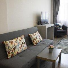 Отель Ratchadamnoen Residence 3* Улучшенный номер с различными типами кроватей фото 8