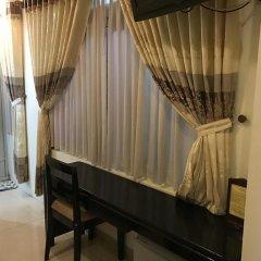 Canary Hotel 2* Улучшенный номер с 2 отдельными кроватями фото 3