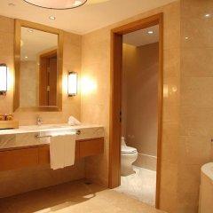 Shanghai Hongqiao Airport Hotel 4* Представительский люкс с различными типами кроватей фото 4