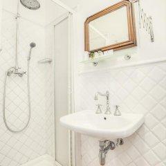 Hotel Bretagna 3* Номер категории Эконом с различными типами кроватей фото 5