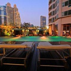 Oaks Bangkok Sathorn Hotel бассейн фото 4