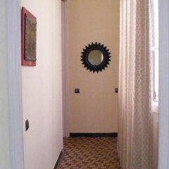Отель B&B Comfort сейф в номере