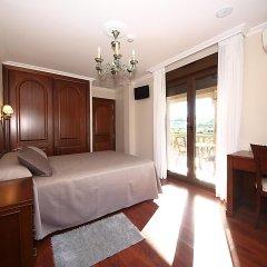 Отель Pensión Residencia A Cruzán - Adults Only 3* Стандартный номер с различными типами кроватей фото 15