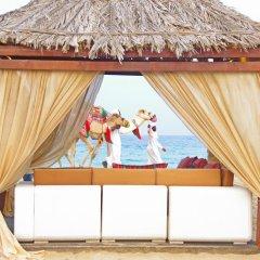 Отель Regency Sealine Camp Катар, Месайед - отзывы, цены и фото номеров - забронировать отель Regency Sealine Camp онлайн бассейн