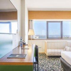 Отель Ramada by Wyndham Lisbon 4* Стандартный номер с различными типами кроватей фото 4