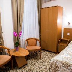 Обериг Отель 3* Номер Комфорт с двуспальной кроватью фото 3