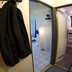 Хостел Seven Prague Апартаменты с двуспальной кроватью
