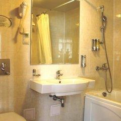 Гостиница AMAKS Центральная Стандартный номер 2 отдельными кровати фото 38