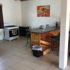 Hotel Doña Crucita 2* Номер с общей ванной комнатой с различными типами кроватей (общая ванная комната) фото 4