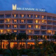 Отель Millennium Resort Patong Phuket 5* Улучшенный номер с двуспальной кроватью
