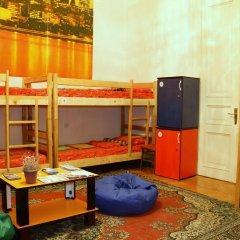 Squirrel Hostel Tbilisi Кровать в общем номере с двухъярусной кроватью фото 5