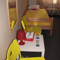 Hostel Fair Стандартный номер с 2 отдельными кроватями фото 10